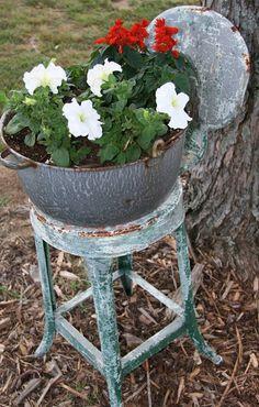 Vintage wash tub planter