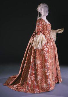 1760-1770 Woman's Dress (Robe à la française) with Attached Stomacher, Philadelphia Museum of Art
