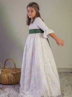vestidos-comunion-diferente-rita-bambula-barcelona.jpg 350×470 píxeles
