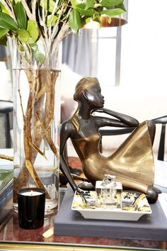 bronze - reminds me of Degas ballerinas and Lladro figurines.