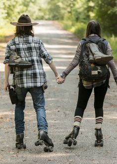 The Walking Dead Season 7 Episode 5 'Go Getters' Carl and Enid