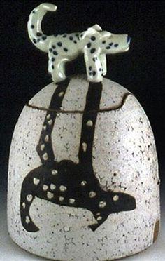 clay. vessel w/ lid. Shadow Dog pot  -  VisGirda