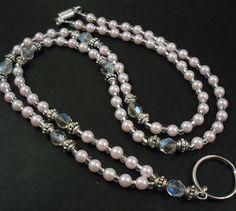 ID Necklace, Badge Holder, ID Lanyard - Etsy. Jewelry Crafts, Jewelry Art, Beaded Jewelry, Jewelry Necklaces, Handmade Jewelry, Jewelry Design, Beaded Necklace, Bracelets, Lanyard Necklace
