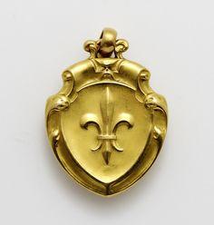 (C)Regard Co.,Ltd Gold Pendant, Brooch, Jewelry, Fashion, Jewellery Making, Moda, Gold Pendants, Jewelery, Brooches