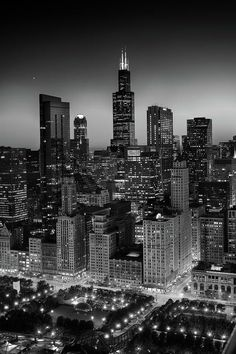 City Light Chicago B W by Steve Gadomski City Light Chicago B W Photograph by Steve Gadomski<br> Black & white photograph of the Chicago skyline at dusk. Black And White Picture Wall, Black And White City, Black And White Aesthetic, Black And White Pictures, Black And White Background, City Lights Wallpaper, B&w Wallpaper, Chicago Wallpaper, Chicago City