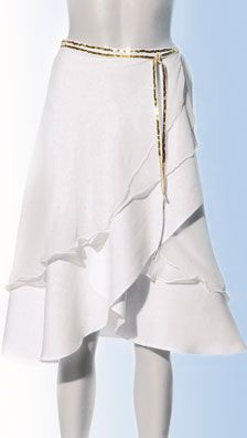 Tiered Wrap Skirt -- SO gonna try this. :D Looks simple and beautiful.