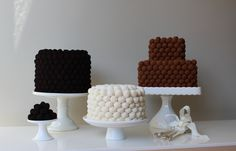 SIMPLE TRUFFLED CAKES