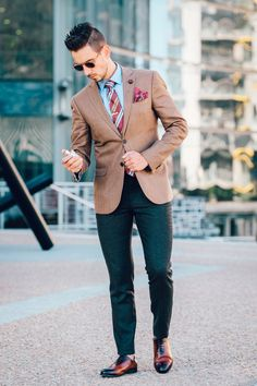 Fancy, Dapper, Men, Smart, Casual, Brown Blazer, Ties, Leather Shoes, Brown, Shoes, Sunglasses, Menswear, Mens Style, Fashion, Mens Fashion, Wardrobe, City Style, Close Up, Buttons, Belts, Close Up