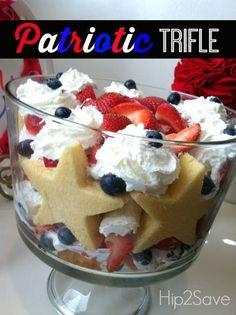 ★★Patriotic Trifle: Easy 4th of July Dessert★★ by Hip2Save.com ★★ Enjoy this colorful dessert and festive dessert.