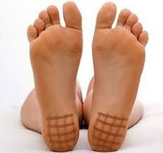Cute lady's super cute and pretty barefoot feet soles. Natural Teething Remedies, Natural Remedies, Thyroid Problems, Alternative Treatments, Beauty Recipe, Alternative Health, Health Motivation, Health Coach, Health Remedies
