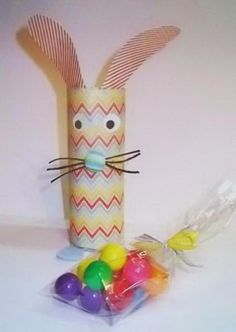 7 easter bunny container
