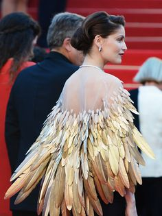 gothgirlsgotogivenchy: suicideblonde: Laetitia Casta at the closing ceremonies of the Cannes Film Festival, May 26th S T U N N I N G