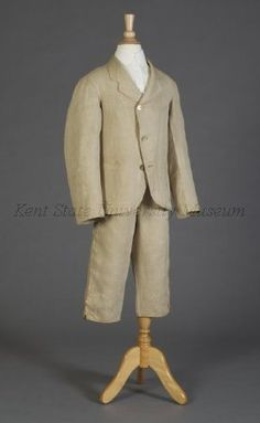 Boy's suit of linen, American, 1880 (Collection of the Kent State University Museum, 1995.17.169)