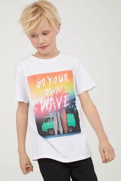 Camiseta con estampado - Blanco/Tablas de surf - NIÑOS | H&M ES 1