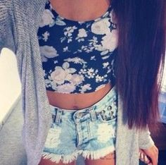 i love this outfit so much. ❃