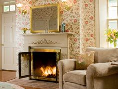 Chestertown Bed and breakfast in MD - fireplace and sitting area
