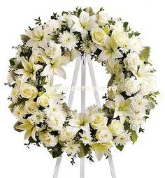 Cat costa o coroana funerara? Din ce este compus pret coroane sau cum se calculeaza preturile la coroane funerare? Acum poti citi pr blog totul despre preturi coroane funerare!