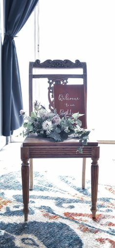 Just find a vintage chair we use for welcome area with seasonal flower. Vintage Chairs, Vintage Furniture, Outdoor Furniture, Outdoor Decor, Seasonal Flowers, Vanity Bench, Welcome, Weeding, Home Decor