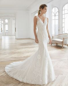 The Aire Barcelona 2019 bridal collection brings to you the up to date princess and mermaid-style wedding gowns without sacrificing elegance, with floaty tulle skirts, delicate embroidered bodices and fitted gowns with ethereal capes. Luxury Wedding Dress, Lace Mermaid Wedding Dress, Princess Wedding Dresses, Bridal Wedding Dresses, Designer Wedding Dresses, Wedding Attire, Wedding Cake, Lace Wedding, Aire Barcelona Wedding Dresses