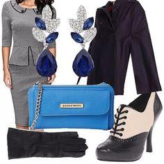 Elegante in stile retrò della vecchia francia. Tessuti vari e colori intensi dell'autunno dal nero al grigio al blu in tutte le loro varianti. Adatta ad una serata elegante e comoda anche per l'ufficio.