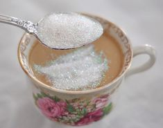 More sparkles in my tea please ! Tea Party - Edible glitter from cake supply mixed in with sugar (I'm assuming.the site doesn't give info so I'm told) for my tea so pretty Tomoe, Kyoko Sakura, Edible Glitter, Glitter Toms, Barbie Movies, Princess Aesthetic, All I Ever Wanted, Afternoon Tea, Storyboard