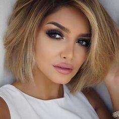 """sheidafashionista Что мой «Что бы ни-Day"""" выглядит следующим образом. Что вы идти к макияж для #whateverday? #lipsandbrows"""