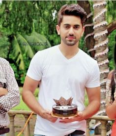 zain is aiting for u to arrive and surprises u wid a b'day cake and gift and a smile (i will die Handsome Indian Men, Handsome Guys, Bollywood Actors, Bollywood Celebrities, Chocolate Boys, Zain Imam, Tv Actors, Cute Love Songs, Pakistani Bridal