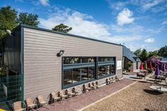 Restaurant zoo, ensemble ouvrant façade sud-ouest. Réalisation Legoupil Industrie.