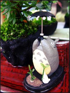 Totoro plant figurines!