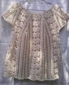 Fabulous Crochet a Little Black Crochet Dress Ideas. Georgeous Crochet a Little Black Crochet Dress Ideas. Black Crochet Dress, Crochet Tunic, Crochet Clothes, Crochet Lace, Crochet Stitches, Crochet Patterns, Crochet Tops, How To Do Crochet, Pull Crochet