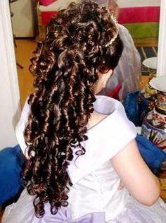 Penteados para daminhas de honra What's Your Style, Little Girl Hairstyles, Little Girls, Braids, Dreadlocks, Sari, Long Hair Styles, Beauty, Braid Crown