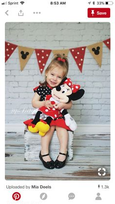 Minnie Mouse Disney birthday party theme polka dots for a two year old girl - but maybe mickey instead 3 Year Old Birthday Party, Girls Birthday Party Themes, Baby Girl Birthday, Mickey Mouse Birthday, Minnie Mouse Party, 3rd Birthday, Birthday Ideas, Minni Mouse Cake, 2nd Birthday Pictures