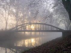 Leve du soleil hivernal, pont de Fourques église