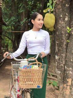 School Girl Teacher, Burmese Girls, Cycling Girls, Gorgeous Women, Beautiful, School Uniform, Cute Girls, Asian, Homeland
