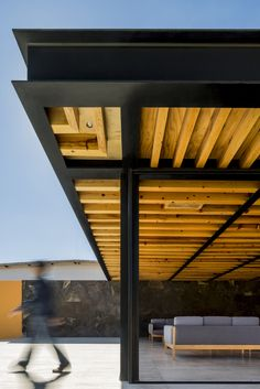 1540 Arquitectura adds cosy cellar and events terrace to tequila distillery Carport Designs, Garage Design, Exterior Design, Wood Architecture, Architecture Details, Cave House, Rooftop Terrace Design, Steel Frame House, Warehouse Design