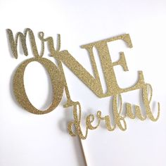 Mr Onederful Cake Topper, Mr Wonderful First Birthday Party, Boys 1st Birthday Decorations, Decor, Cake Smash Theme by shoppaperandparties on Etsy https://www.etsy.com/ca/listing/528953665/mr-onederful-cake-topper-mr-wonderful