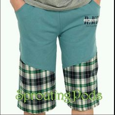 BN Teal Checkered Cotton Bermuda with elastic waistband. (Sizes:130,140,160,170)
