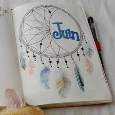 Page de garde de mon mois de juin dans mon #bujo avec un #dreamcatcher très…