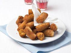 polpette-di-melanzane-e-peperoni Tasty, Yummy Food, Polenta, Fett, Finger Foods, Eggplant, Dog Food Recipes, Salsa, Almond