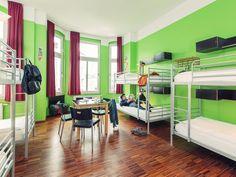 les 25 meilleures id es de la cat gorie auberge de jeunesse berlin sur pinterest auberge de. Black Bedroom Furniture Sets. Home Design Ideas