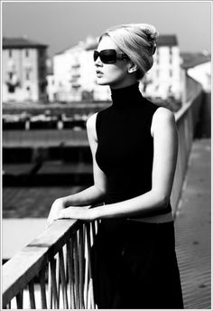 Breakfast At Tiffanys Black And White Classy 22 Ideas Mode Chic, Mode Style, Style Me, Mademoiselle Mode, Estilo Glamour, Classy And Fabulous, Look Fashion, Capsule Wardrobe, Lady