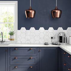 Ideas kitchen decor rose gold interior design for 2019 Painting Kitchen Cabinets, Kitchen Paint, Kitchen Flooring, Kitchen Backsplash, Kitchen Decor, Backsplash Ideas, Design Kitchen, Navy Kitchen, Tile Ideas
