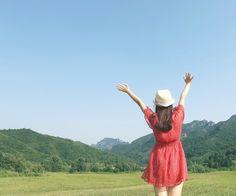 夏天,我还没过够呢=P, via Flickr.  | #warm #cool #red #green #blue