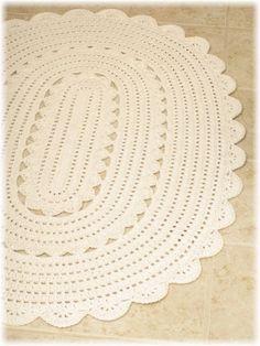 Crochet Oval Rug New Handy Crafter Freshly Finished Oval Crocheted Of Crochet Oval Rug Fresh Crochet Oval Rag Rug Crochet Doily Rug, Crochet Carpet, Crochet Rug Patterns, Doily Patterns, Crochet Round, Crochet Home Decor, Crochet Crafts, Tapete Doily, Knit Rug