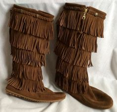 Minnetonka 5 Layer Fringe Leather Boots Size 10 Light Brown Moccasin Flats #MinnetonkaMoccasin #CowboyWestern #Casual