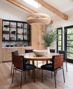Dining Room Inspiration, Home Decor Inspiration, Home Fashion, Dining Room Design, Dining Room Table, Dining Rooms, Amber Interiors, Beautiful Interior Design, Room Setup