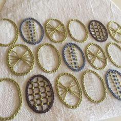 eggs #tetoteworks #embroidery #手刺繍 #手仕事 #linen