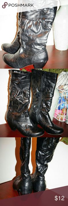 Rialto boots  black size 8 Excellent used condition Allen man made materials Rialto  Shoes Heeled Boots
