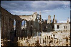 Ruiny katedry św. Jana. fot. Henry N. Cobb 1947