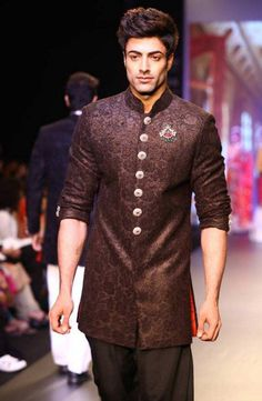 indian-men-traditional-wedding-marriage-outfit-dress-clothing-jacket-designer-vikram padhnis - Shilpa Ahuja